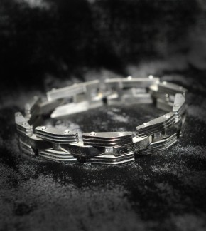 Stahlarmband Nr.1